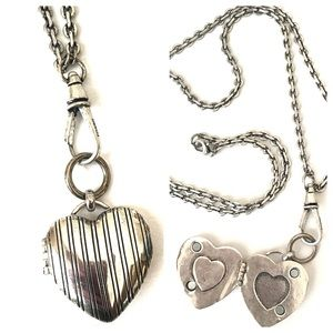 Jewelry - Fossil 33 in Silver Chain Heart Locket Necklace